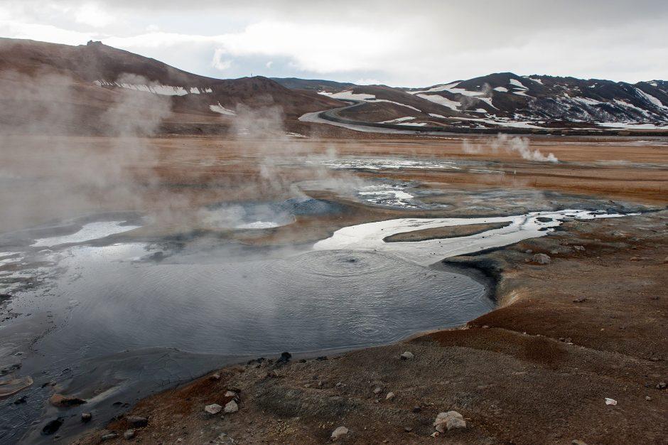 Il Geyser di Hverir a Reykjahlid in Islanda.