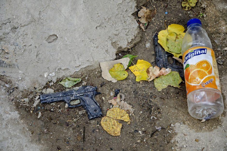 pistole giocattolo in Palestina